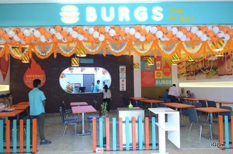 Burgs, R City Mall, Ghatkopar