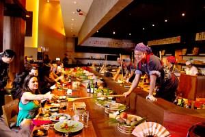 Restaurant Girl-Inakaya
