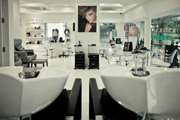 Jean-Claude Biguine Khar Salon