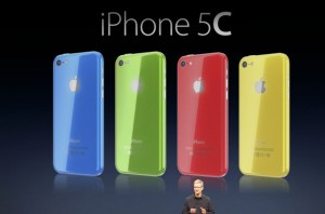 Tim-Cook-unveils-iPhone-5C-Martin-Hajek-002