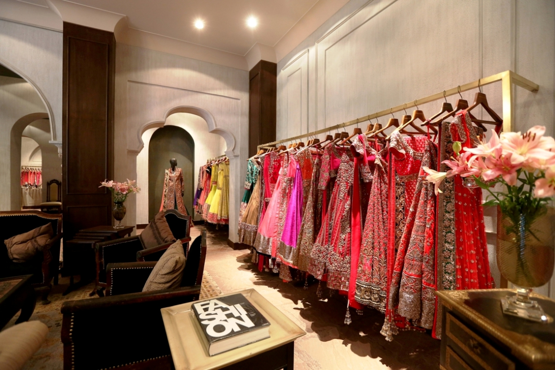 Manish malhotra opens flagship store in delhi igrow for Interior design online shopping india